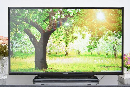 Tivi led Panasonic 40C400V 40 inch full HD